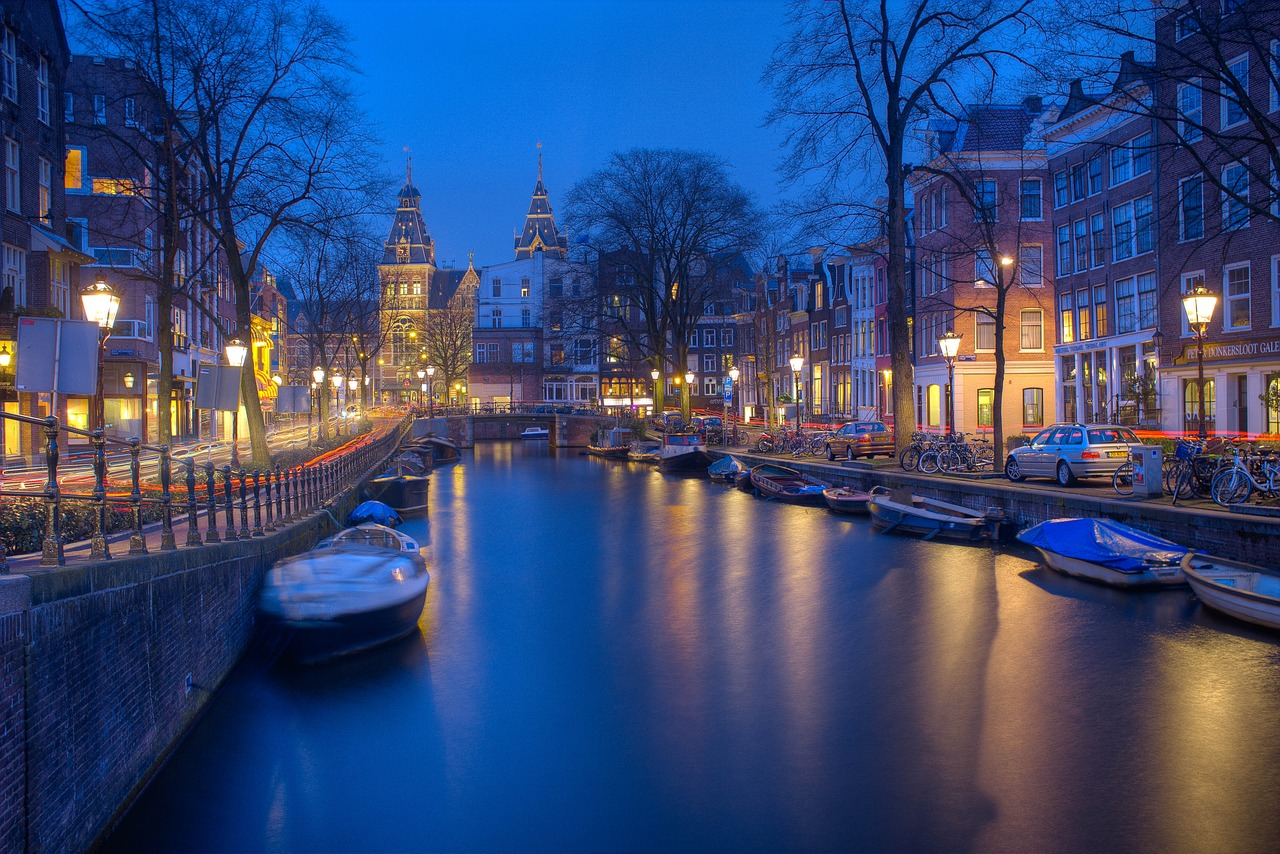 Tours to Amsterdam